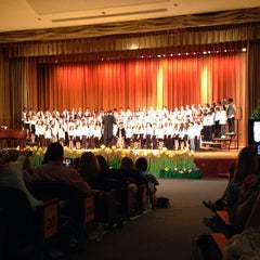 Photo taken at Munsey Park Elementary School by John H. on 5/16/2014