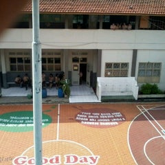Photo taken at SMA Kartika Siliwangi 1 Bandung by Zahra T. on 12/6/2012