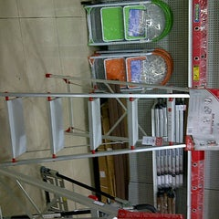 Photo taken at ACE Hardware by Sienny W. on 2/8/2013