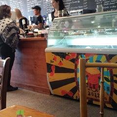 Photo taken at Ben Gusto Cafe & Gelato by Joseph H. on 7/7/2013