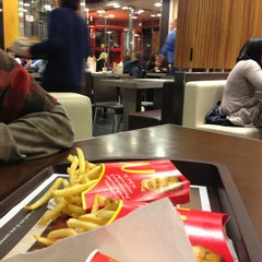 Photo taken at McDonald's by Guido S. on 1/5/2013