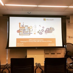 Photo taken at Microsoft Innovation and Policy Center by Eric S. on 5/20/2015