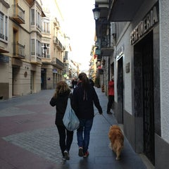 Photo taken at Calle Mayor by Raul Viajero F. on 12/29/2012
