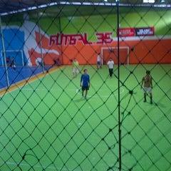 Photo taken at Futsal 35 by Ichsan N. on 12/29/2013