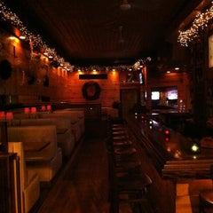 Photo taken at Duke's Bar & Grill by Jerry Y. on 11/26/2011