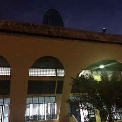 Photo taken at Masjid Nasiruddin Shah by Abdul A. on 6/3/2015