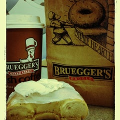 Photo taken at Bruegger's by Matthew R. on 12/11/2012