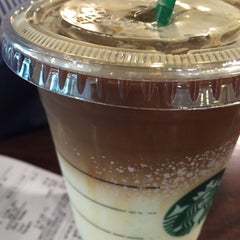 Photo taken at Starbucks (สตาร์บัคส์) by Manatchaya S. on 11/22/2015