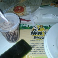 Photo taken at Panda's Burguer by Irving d. on 12/21/2012