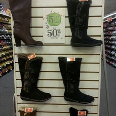 Photo taken at Payless ShoeSource by Tetel R. on 12/21/2012