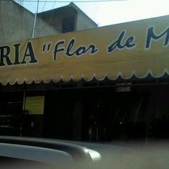 Photo taken at Flor De Maíz by Venoms D. on 12/17/2012