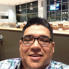 Photo taken at American Airlines Admirals Club by Martin C. on 5/23/2014
