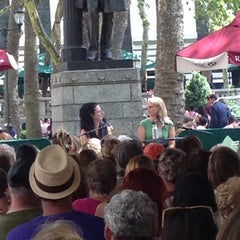 Photo taken at The Reading Room - Bryant Park by Caron S. on 7/23/2014