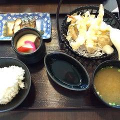 Photo taken at Yayoi (ยาโยอิ) by Nannyy on 8/28/2015