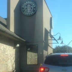 Photo taken at Starbucks by Silly Blonde <3 💋❤ on 12/22/2012