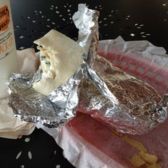 Photo taken at Willy's Mexicana Grill #16 by Rafael A. on 5/23/2012