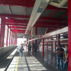 Photo taken at Tren Suburbano Tlalnepantla by Louis R. on 3/23/2013