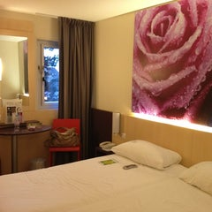 Photo taken at Ibis Styles – Paris Roissy-Charles de Gaulle by Yuuki K. on 1/11/2013