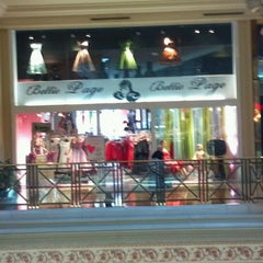 Photo taken at Bettie Page @ Forum Shoppes by Rachel S. on 3/10/2013