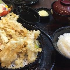 Photo taken at Yayoi (ยาโยอิ) by George I. on 10/14/2015