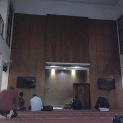 Photo taken at Pondok Pesantren Daarut Tauhiid by akhi on 12/13/2012