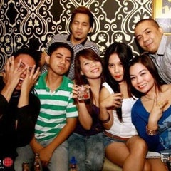 Photo taken at Manor Superclub by Lai V. on 10/12/2013