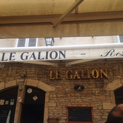 Photo taken at Le Galion by Ian I. on 8/21/2014