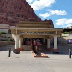Photo taken at Tuacahn Center for the Arts by SD F. on 8/10/2015