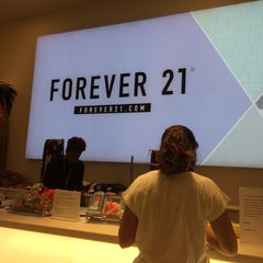 Photo taken at Forever 21 by Carlos A. on 6/22/2014