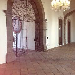 Photo taken at La Casa histórica de Tlaquepaque by Demetrio R. on 4/18/2013
