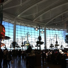 Photo taken at Seattle-Tacoma International Airport (SEA) by Mike R. on 10/6/2013