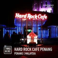 Photo taken at Hard Rock Cafe Penang by Roslan H. on 2/3/2013