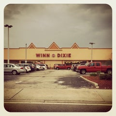 Photo taken at Winn-Dixie by Tony E. on 7/4/2014