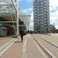 Photo taken at East Croydon Railway Station (ECR) by Nour M. on 6/22/2013