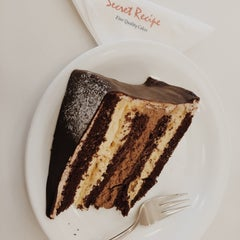Photo taken at Secret Recipe by Mimo V. on 1/10/2015
