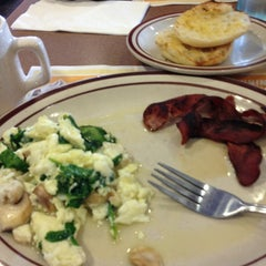 Photo taken at Denny's by Leilani S. on 1/21/2013