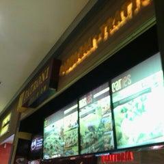Photo taken at Patroni Pizza by Kako S. on 4/13/2013