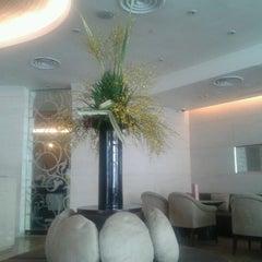 Photo taken at Hotel Jen by Muru on 2/7/2013