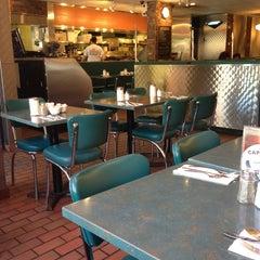 Photo taken at Elgin Street Diner by Michelle K. on 5/27/2013