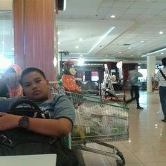 Photo taken at Giant Hypermarket by Bintang A. on 8/6/2014