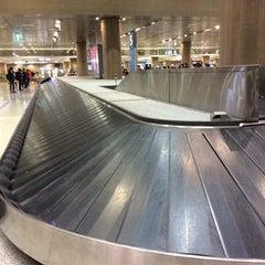 Photo taken at 인천국제공항 입국장 B (ICN Airport Arrival Exit B) by SEVA K. on 3/9/2015