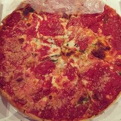 Photo taken at Lou Malnati's Pizzeria by Marv F. on 12/27/2014