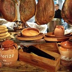 Photo taken at Restaurante La Portada del Mediodía by Luis S. on 3/24/2014