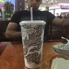 Photo taken at Food Court at Oakridge Mall by Rosa H. on 10/25/2015