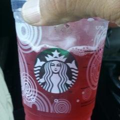 Photo taken at Starbucks by Saul C. on 7/9/2014