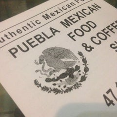 Photo taken at Puebla Mexican Food and Coffee Shop by Yarleney on 8/14/2014
