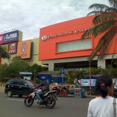 Photo taken at Palembang Indah Mall by helen k. on 6/17/2013