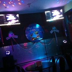 Photo taken at Gramis Karaoke by Fernando O. on 9/28/2014