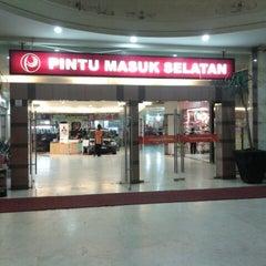 Photo taken at Palangkaraya Mall (PALMA) by Arnold B. on 6/15/2013