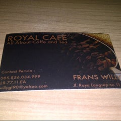 Photo taken at Royal Café & Resto by Adv. Danies on 3/10/2013